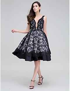 Vestido - preto Festa de Coquetel A-Line Alças Até os Joelhos Renda