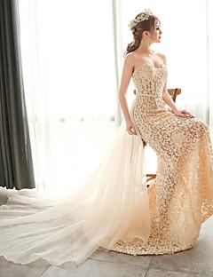 Trumpet/Mermaid Wedding Dress-Champagne Court Train Strapless Lace / Organza