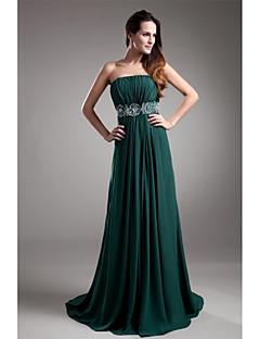 포멀 이브닝 드레스 A-라인 끈없는 스타일 스윕 / 브러쉬 트레인 쉬폰 와 비즈 / 드레이핑