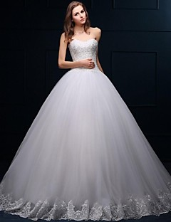 Ball Gown Wedding Dress Floor-length Sweetheart Tulle with Appliques / Beading
