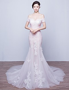 Trumpet / Mermaid Wedding Dress Court Train Off-the-shoulder Tulle with Appliques