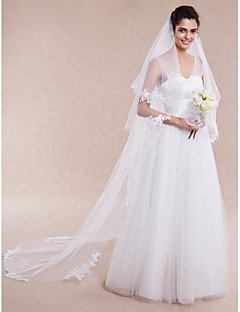 Wedding Veil One-tier Chapel Veils / Cathedral Veils Cut Edge / Lace Applique Edge