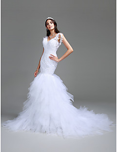 Trumpet / Mermaid Wedding Dress Court Train V-neck Lace / Tulle with Beading / Lace / Tiered