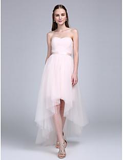 Lanting Bride Asymmetrisch Tüll Brautjungfernkleid A-Linie Herzausschnitt mit Schärpe / Band / Überkreuzte Rüschen / Horizontal gerüscht