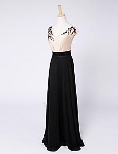 Formal Evening Dress Sheath / Column V-neck Floor-length Stretch Satin with Beading