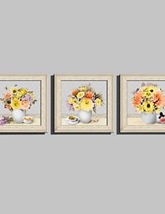 Blomstret/Botanisk / Stilleben Indrammet Lærred / Indrammet Sæt Wall Art,PVC Beige Ingen Måtte med Frame Wall Art