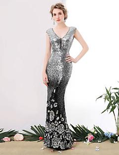 Formal Evening Dress Trumpet / Mermaid V-neck Floor-length Sequined with Sequins