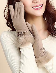 女性は毛皮の指先の手首の長さをLAMB、カジュアルな冬をパッチワーク