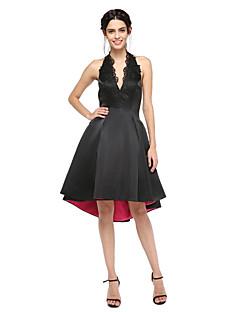 TS Couture® Cocktailfest Bal Klänning - Den lilla svarta Öppen rygg A-linje Halterneck Asymmetrisk Satäng medApplikationsbroderi