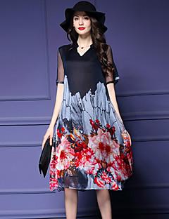 קיץ משי / פוליאסטר אדום / שחור שרוולים קצרים עד הברך צווארון V דפוס וינטאג' ליציאה / מידות גדולות שמלה משוחרר נשים