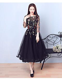 カクテルパーティー 卒業パーティー ドレス - リトルブラックドレス Aライン ジュエル セミロング丈 チュール とともに 刺繍
