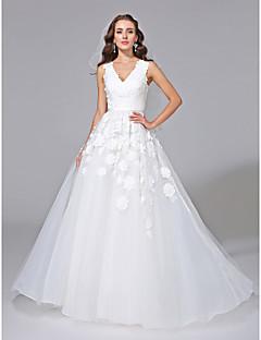 A-라인 V-넥 코트 트레인 튤 웨딩 드레스 와 아플리케 으로 LAN TING BRIDE®