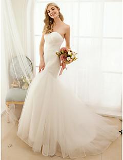 트럼펫 / 머메이드 스윗하트 스윕 / 브러쉬 트레인 튤 웨딩 드레스 와 버튼 크리스-크로스 으로 LAN TING BRIDE®