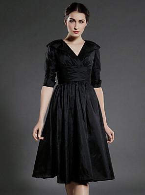 Lanting Bride® גזרת A פלאס סייז (מידה גדולה) / פטיט שמלה לאם הכלה  באורך  הברך חצי שרוול טפטה - תד נשפך / סלסולים / קפלים