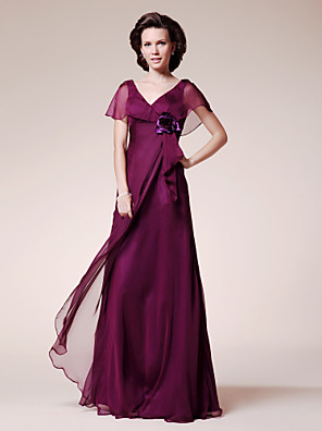 A-line Plus Size / Petite Mother of the Bride Dress Floor-length Short Sleeve Chiffon with Flower(s) / Ruffles