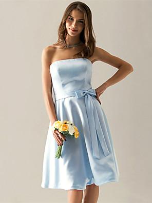 clearance! a-line stropløs knælang satin brudepige / bryllupsfest kjole