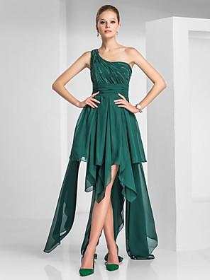 מסיבת קוקטייל שמלה - גבוה נמוך גזרת A / נסיכה כתפיה אחת א-סימטרי שיפון עם חרוזים / תד נשפך / בד נשפך בצד / סלסולים