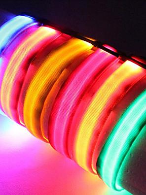 katten / honden Kraag LED verlichting / Verstelbaar/Uitschuifbaar Effen Rood / Zwart / Wit / Groen / Blauw / Roze / Geel / Oranje Nylon