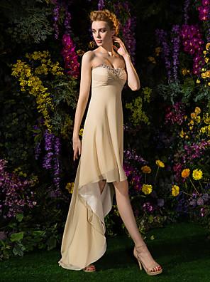 Lanting Bride® Asymetrické Žoržet Šaty pro družičky A-Linie Srdce Větší velikosti / Malé s Korálky / Křížení / Sklady
