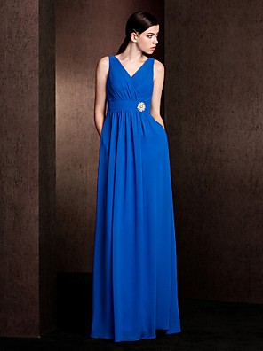 Lanting Bride® עד הריצפה שיפון שמלה לשושבינה - מעטפת \ עמוד צווארון וי פלאס סייז (מידה גדולה) / פטיט עם כיסים / סרט / סיכה מקריסטל