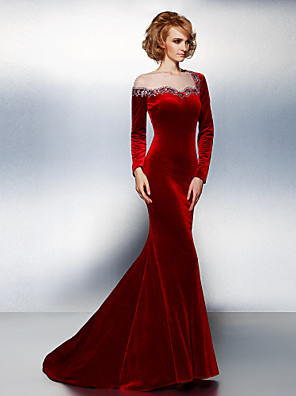 TS Couture® Formal Evening / Black Tie Gala Dress Plus Size / Petite Trumpet / Mermaid Jewel Court Train Velvet with Beading / Crystal Detailing