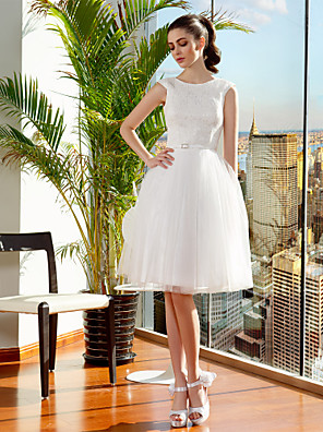 Lanting Bride Ball Gown Petite / Plus Sizes Wedding Dress-Knee-length Jewel Lace / Tulle