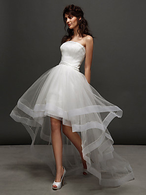 ランティング花嫁ランティング夜会服のウェディングドレス - アイボリー非対称ストラップレスのチュール