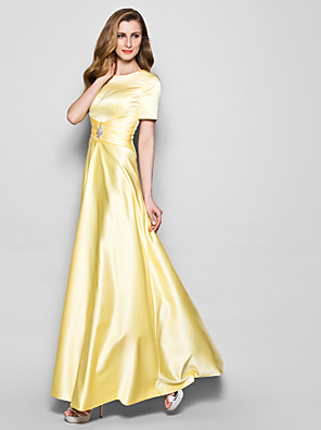 A-line Plus Size / Petite Mother of the Bride Dress Floor-length Short Sleeve Satin with Crystal Detailing / Sash / Ribbon / Ruching
