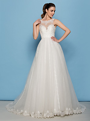 Lanting Bride® A-line / Princess Petite Wedding Dress Court Train Scoop Lace / Tulle with
