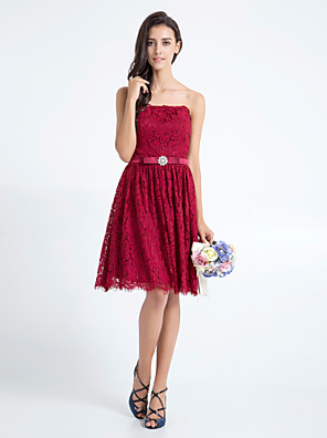 Knee-length Lace Bridesmaid Dress A-line Strapless Plus Size / Petite with Bow(s) / Crystal Detailing