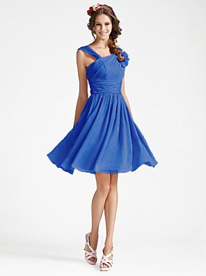 Lanting Bride® באורך  הברך ג'ורג'ט שמלה לשושבינה - גזרת A / נסיכה צווארון וי פלאס סייז (מידה גדולה) / פטיט עםתד נשפך / קפלים / בד נשפך
