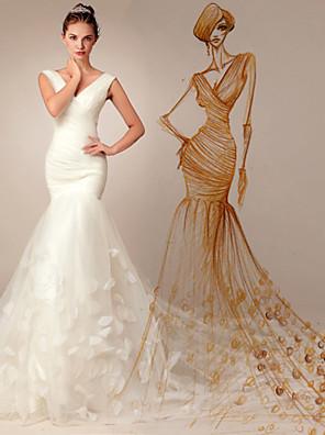 בתולת ים \ חצוצרה שמלת כלה - שיק ומודרני שובל קורט צווארון וי אורגנזה עם
