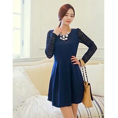 Vestido de manga longa azul de Adriane Galisteu