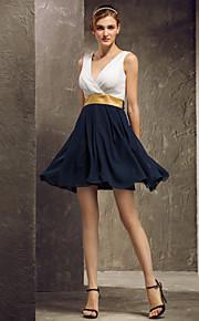 Short/Mini Georgette Bridesmaid Dress - Multi-color Plus Sizes A-line V-neck