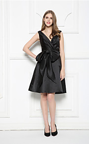 Cocktail Party Dress A-line V-neck Knee-length Satin with Bow(s) / Sash / Ribbon / Side Draping