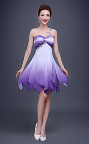 Cocktailfest Dress A-linje Enskuldret Knelang Chiffon med Krystalldetaljer