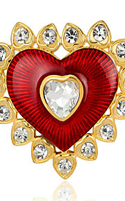 May polly Europa en de prachtige hartvormige bloem broche
