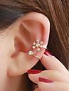 Dame Cătușe pentru urechi costum de bijuterii Ștras Aliaj Bijuterii Pentru Nuntă Petrecere Zilnic Casual