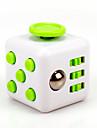ångest reliever fidget tärningar kubisk kub fidget leksaker för fokusering / spänningsavlastande abs --white&grön