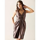 Lanting Bride® Do koljena Taft Haljina za djeverušu - Kroj uz tijelo V izrez Plus veličina / Niska građa s Perlice / Križano